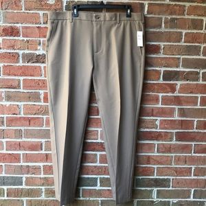 NWT IZOD Tan Pants Sz 38x30